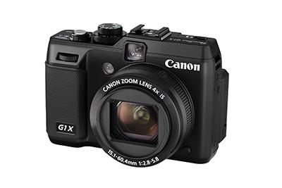 """Kompaktowy Canon PowerShot G1X jako jedyny aparat na rynku korzystający zmatrycy rozmiaru 1,5""""  (18,7 x 14 mm)."""