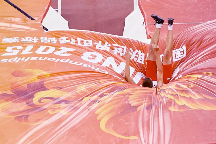 Paweł Wojciechowski, skok o tyczce, Mistrzostwa Świata w Lekkiej Atletyce, Pekin, 2015. Fot. © Adam Nurkiewicz / Mediasport. Wszelkie prawa zastrzeżone.